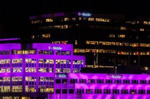 Американські оператори T-Mobile і AT&T почали масові звільнення