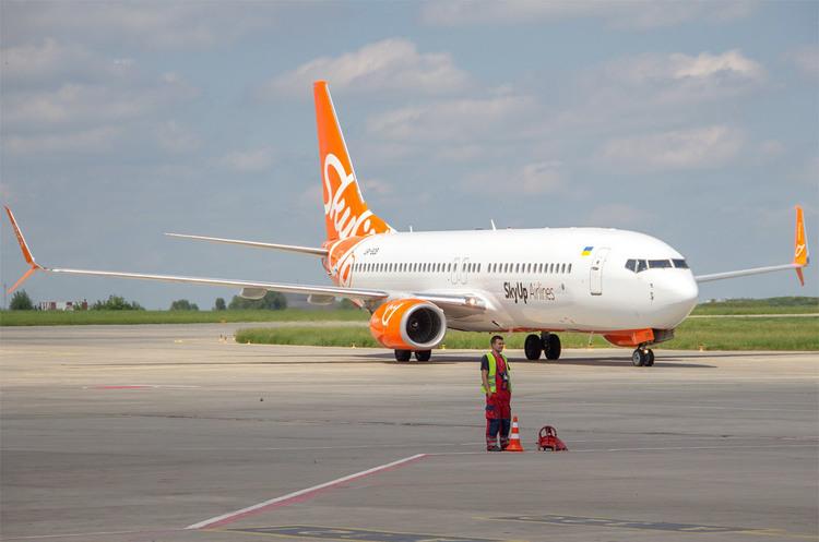 SkyUp літатиме зі Львова в Херсон за 500 грн