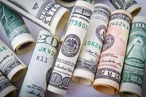 НБУ збільшив скупку валюти на міжбанку за тиждень у 3,9 рази