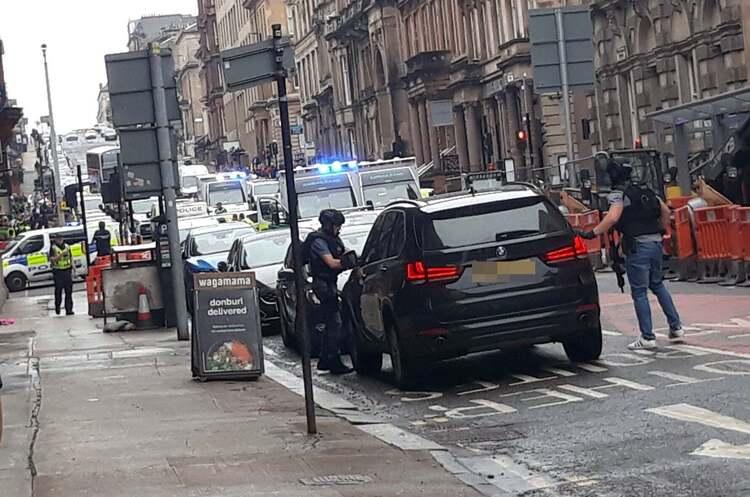 Напад з ножем у готелі в центрі Глазго: що відомо на даний момент