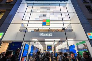 Microsoft закриє більшість своїх магазинів по всьому світу