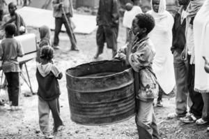 Кількість голодуючих у світі вдвічі перевищить прогнози через пандемію коронавірусу – ООН