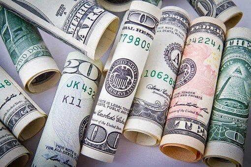 Населення у червні збільшило чисту купівлю валюти в 3,7 рази – НБУ