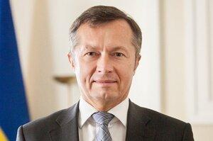 Голова банку «Райффайзен Банка Аваль» пояснив у чому проявлявся «політичний тиск» на Смолія