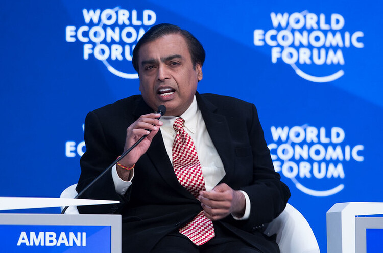 Найбагатша людина Індії запустила конкурента Zoom