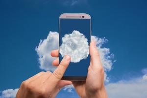 Вище неба: що загрожує бізнесу при переході в хмару