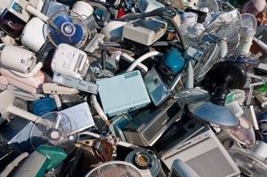Обсяги відходів від електроніки зростають втричі швидше, ніж населення світу