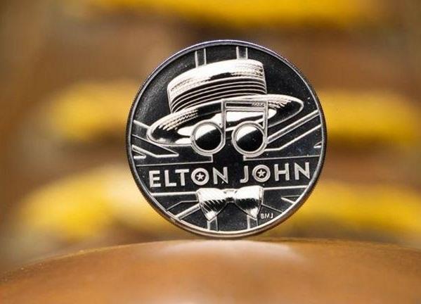 У Британії випустили монету на честь Елтона Джона