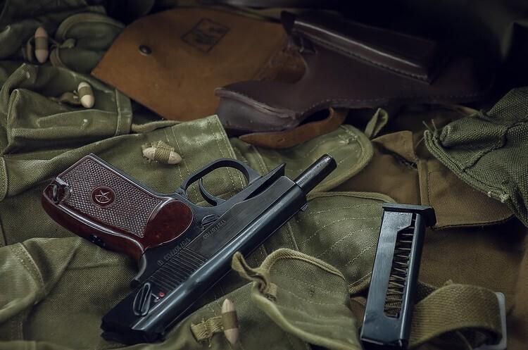 Естонія надасть Україні пістолети для боротьби з сепаратистами на Донбасі