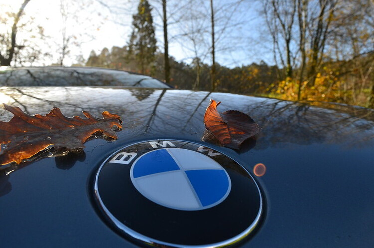 Продажі BMW впали на чверть у другому кварталі