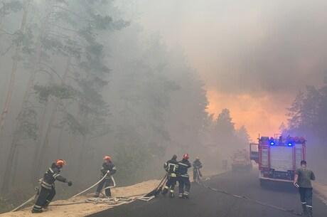 Поліція розглядає три можливі версії пожежі в Луганській області