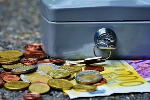 На рахунки неплатоспроможних банків у травні надійшло майже 528 млн грн