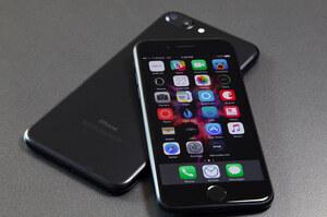 Apple виплатить до $500 власникам уповільнених iPhone у США
