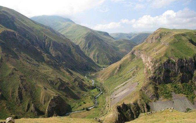 Через зіткнення на кордоні між Вірменією і Азербайджаном вже 16 загиблих