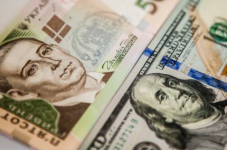 НБУ вперше за два роки не проводив інтервенцій на міжбанківському валютному ринку
