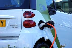 Український парк електромобілів перевалив за позначку 20 000 одиниць