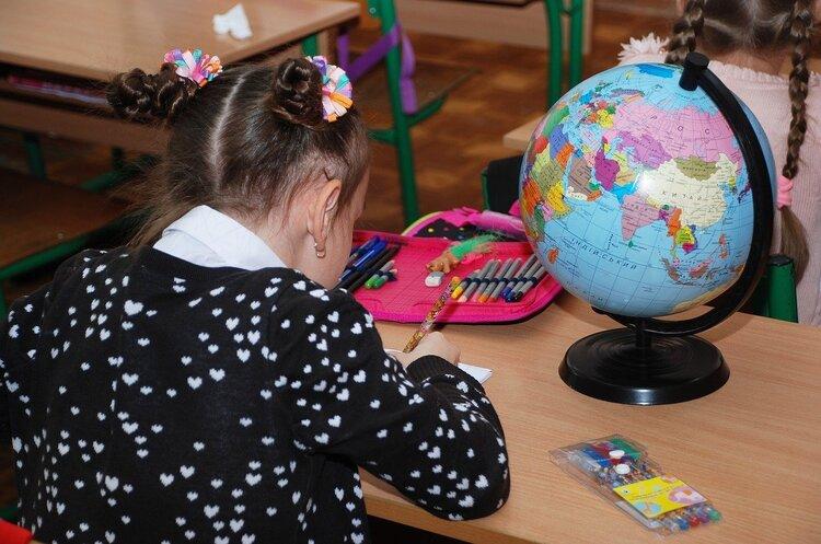 В Минобразования объяснили, в каких регионах дети с 1 сентября пойдут в школу