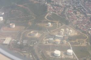 Обсяги нафтодобування у Венесуелі обвалились до 80-річного мінімуму