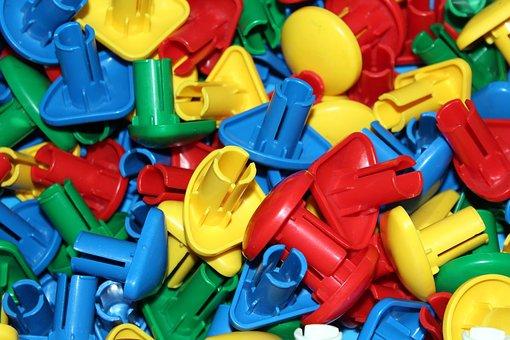 Науковці навчилися переробляти один з найстійкіших різновидів пластику