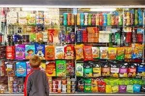 У Великобританії обмежать рекламу фастфуду та іншої нездорової їжі