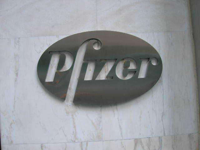 Фармкомпанія Pfizer заявила про падіння чистого прибутку на понад 30%