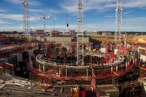 У Франції почали збирати найбільший у світі термоядерний реактор