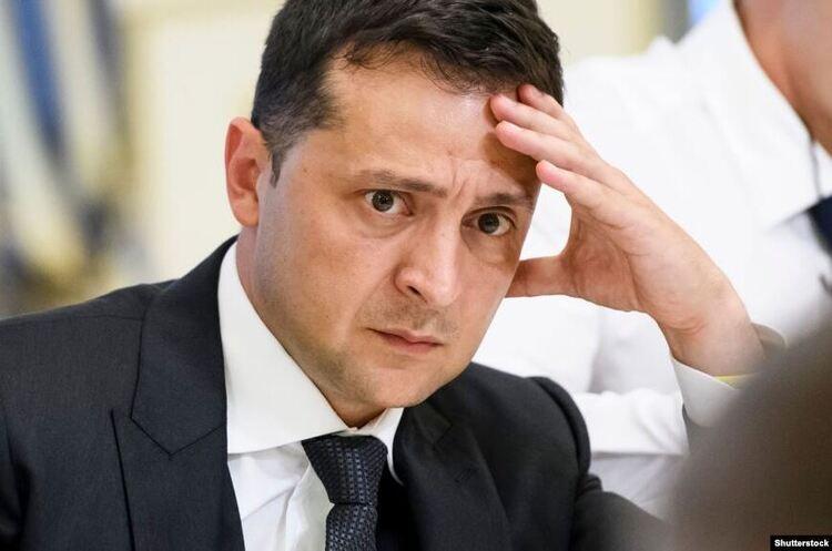 На заміну Кучми в ТКГ розглядаються кандидатури Резнікова і Кравчука — Зеленський