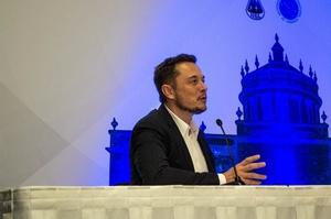 Tesla готова постачати свої батареї конкурентам