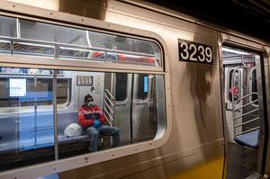 Нові вагони для метро Харкова поставить китайська компанія