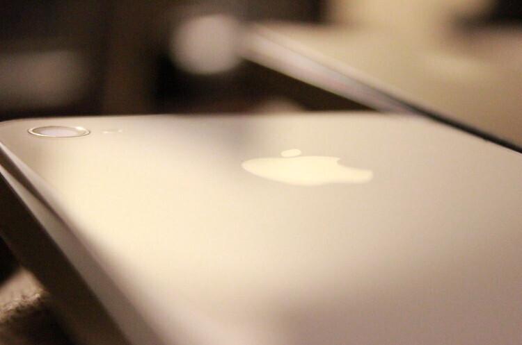 Арізона стала на чолі розслідування щодо навмисного уповільнення роботи старих iPhone