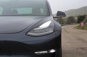 Panasonic збирається збільшити енергоємність акумуляторів для Tesla на 20% – Reuters