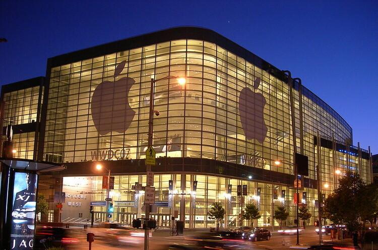 Apple купила стартап, який перетворює iPhone на POS-термінал
