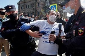 По всій Росії на акціях солідарності з Хабаровськом затримали 70 людей