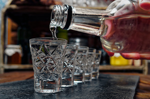 Перші дозволи на виробництво спирту отримали три держпідприємства-банкроти