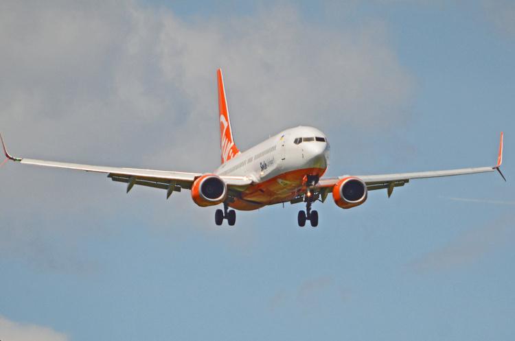 SkyUp продолжил внутреннюю полетную программу по Украине до конца октября