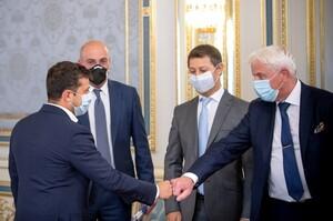 Зеленський обговорив з інвесторами будівництво водневого заводу в Україні