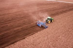Аграрії отримали 716 млн грн компенсації за придбану техніку та обладнання