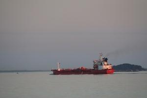 США вперше конфіскували іранські партії палива, як прямували до Венесуели – WSJ