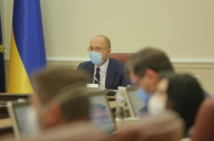 Економіка України почала відновлюватися у третьому кварталі – Шмигаль