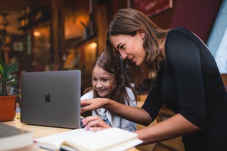 Обираєте ноутбук? Спробуйте MacBook Air: можливості комп'ютера вас вразять