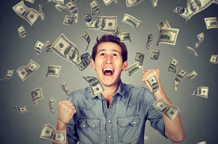 Німеччина запустила трирічний експеримент з виплати жителям безумовного доходу в 1200 євро