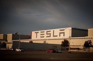 Російський хакер намагався за $1 млн підкупити працівника Tesla, однак той здав його ФБР