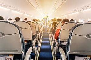 Лоукостер «Eurowings» дозволив доплачувати за вільне місце поруч