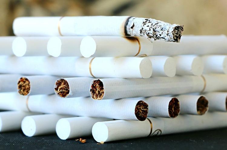 ДПС виявила незаконне формування 1,4 млрд податкового кредиту на ринку тютюну