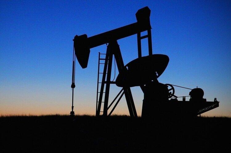 Білорусь з 1 вересня підвищує мита на експорт нафти і нафтопродуктів