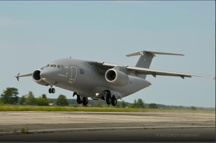 «Антонов» зібрав перший серійний літак без російських комплектуючих