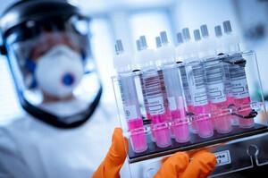 Канада закупить понад 100 млн доз вакцини від коронавірусу