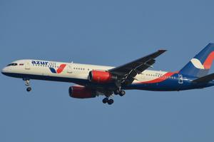Azur Air запустила 9 додаткових рейсів з України в Туреччину