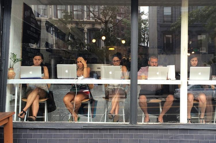 «Подписывайтесь на канал», или Как настроить продажи через блоггеров