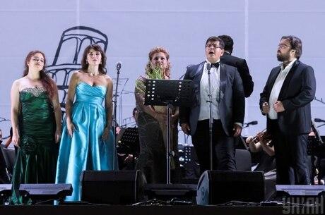 Анти-«ку!», або Як опера оживає на свіжому повітрі